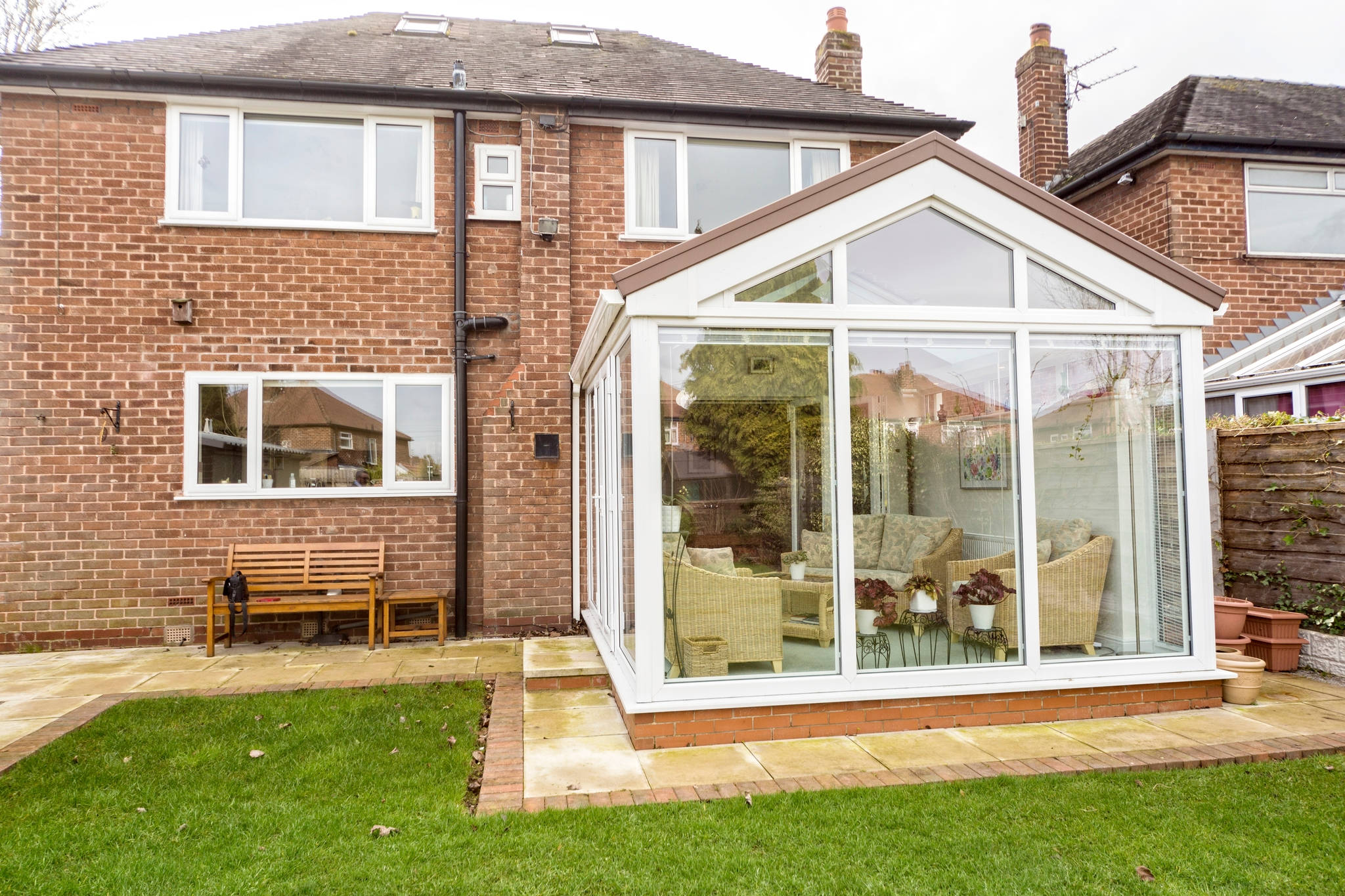 How to keep conservatory warm